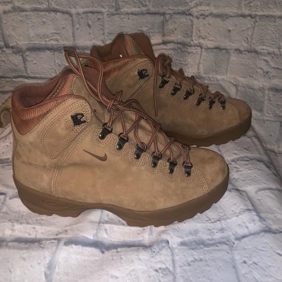 98fd2821f0b Nike Air ACG Boots 🔥